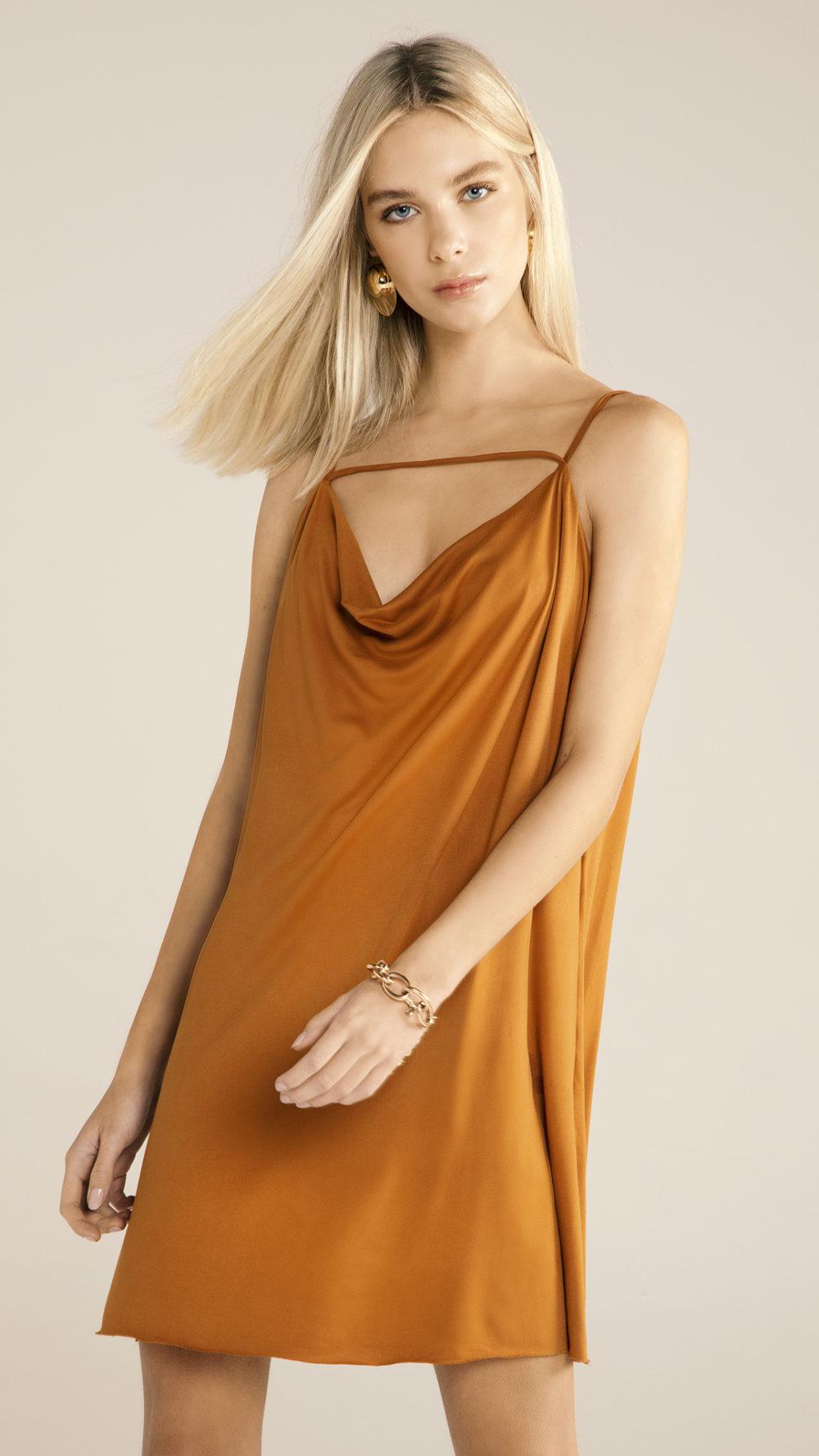vestido bruna Iury costa